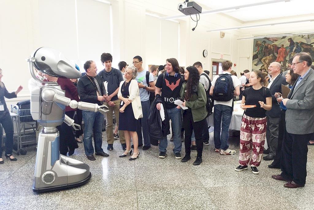 meet-greet-robots