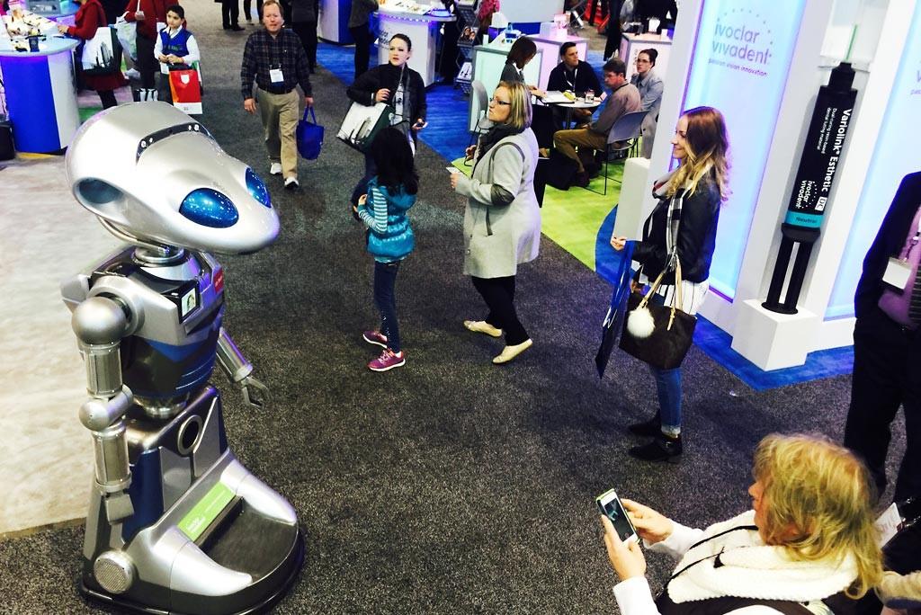trade-show-robots